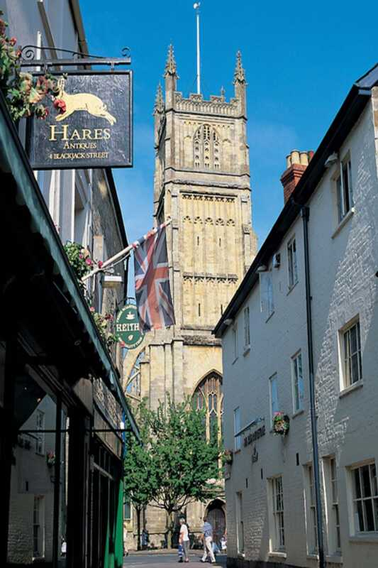Great Britain Boltholes: The Kings head, cirencester, gloucestershire